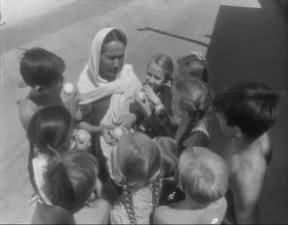 Кадры из фильма Шухрата Аббасова 'Ты не сирота'